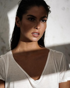 Gorgeous Lifestyle and Beauty Portrait Photography by Alex Heitz