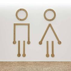 Wayfinding | Signage | Sign | Design 塔皮奥拉Ainoa购物中心圆点风格厕所必备导示系统