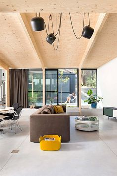 Studio K Has Designed a Vivid and Sunny Home for a Young Couple