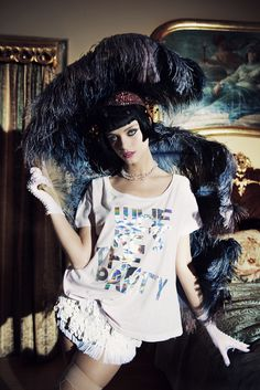Pretties #fan #feathers #gatsby