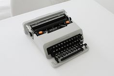 Olivetti Valentine | Flickr - Photo Sharing! #olivetti #flickr #product #photography #valentine #werk