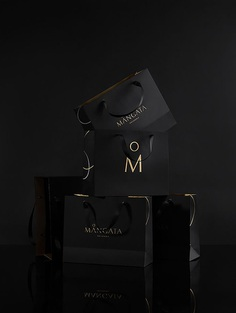 Mångata Pâtisserie launched as a luxury bakery in Saigon, serving high quality, well-designed cakes with a high-tea concept.M — N Associatesworked to create a unique, strong and sustainablevisual identity system for the packaging and other brand materials. For more of the most beautiful designs visit mindsparklemag.com