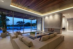 A Sense of Boldness and Luxury: The 1232 Sunset Plaza in California #interior #room #modern #design #living #luxury