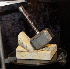 Gentle Giant Thor Hammer Bookend #tech #flow #gadget #gift #ideas #cool