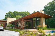 Theodore Wirth Ranch, Strand Design