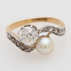 Jewelry, 2pcs.: 1 Ring and 1 single earrings