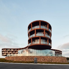 Striking Architecture Photography by Peter Bennetts