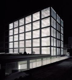 dezeen_ECA-OAI-Office-Building-by-Personeni-Raffaele-Scharer-Architects-1.jpg 468×523 pixels #tonatiuh #swiss #schrer #architectes #raffaele #architecture #prs #personeni