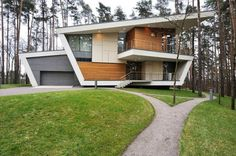 House-in-Gorki-00-750x499.jpg 750×499 pixels #house #modern #architects #gorki #architecture #moscow #atrium