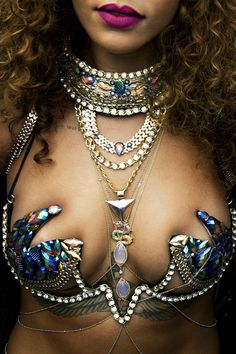 Rihanna, jewels