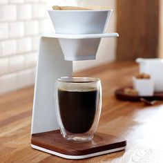 Starbucks Premium Pour-Over Brewer #tech #flow #gadget #gift #ideas #cool