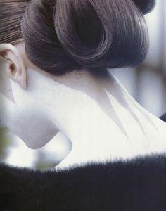 makeup detail 'geisha inspired', backstage at yohji yamamoto f/w 1996 #yohji
