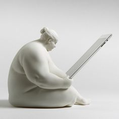 Venus of Cupertino   iPad Docking Station PRE ORDER