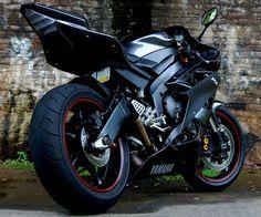 YAMAHA R6 #motorbike #yamaha #r6