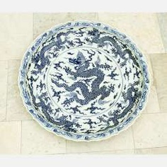 Extraordinary and particular large Chinese blue and white porcelain bowl #Sets #Teasets #Porcelainsets #Antiqueplates #Plates #Wallplates #Figures #Porcelainfigurines #porcelain