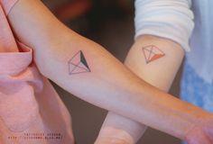 Beautiful Minimalist And Tiny Tattoos Design #Tattoo #body art #ink #tattoo art #tiny tattoo #minimalist tattoo