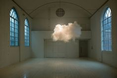 cumulusklein.jpg (851×569) #cloud #installation #smilde #berndnaut #artist #dutch