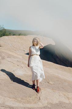 White linen skirt + shirt #desert