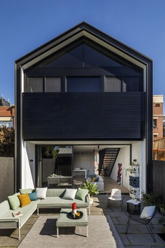 Contemporary Timber Clad House Inspired by Colonial Workers' Cottage 8