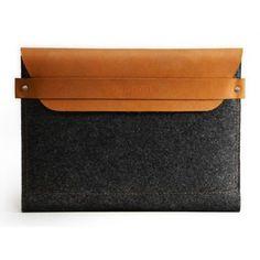 Mujjo iPad Sleeve Brown - 100% Wool Felt #ipad #sleeve #mujjo