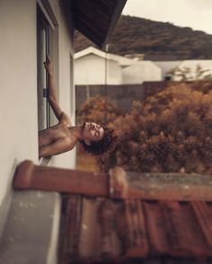 Conceptual Portrait Photography by Rony Hernandes
