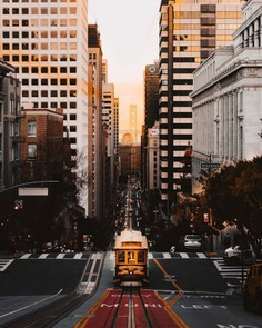 Striking Street and Urban Photos in San Francisco by Julien Rocheblave