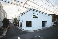 House in Shakujii Park by Hitoshi Wakamatsu Architect + Associates