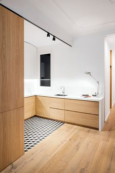 Open-Layout Apartment in Barcelona Exhibiting Fresh, Clean and Bright Design 3