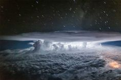 Pilot's Cockpit Photos Show Thunderstorm's Drama at 37,000 Feet Over the Pacific Ocean