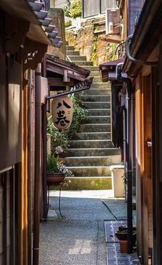 Higashiyama, Kanazawa, Japan ・東山、金沢