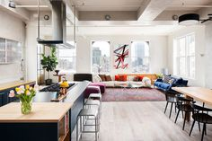 Homy feeling within an industrial shell loft apartment in SoHo by Casamanara - HomeWorldDesign (5)