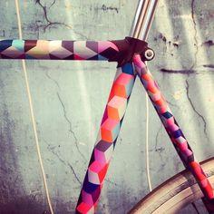 img_6_1400058226_ffa00adb83143906c5c7fd460e6997bf #bicycle #bike #pattern #frame
