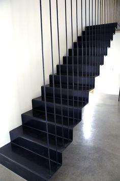 Alventosa Morell Arquitectes: Casa VC - Thisispaper Magazine #stairs