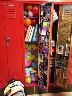 Balloons and Post-its in Locker #design #makeup #decor #locker #decoration