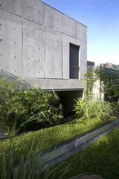 Namly House by Chang Architects #modern #design #minimalism #minimal #leibal #minimalist