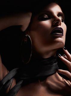 Ava Smith by Jem Mitchell for Flair Italia
