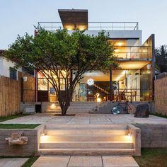 Architecture and interior design for freshness and positive emotion Pepiguari Home by Brasil Arquitetura - www.homeworlddesign. com(20)
