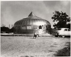 R Buckminster Fuller Dymaxion Dwelling Machine or aluminum clad Wichita House.jpg 500×403 pixels #photography #retro #fuller