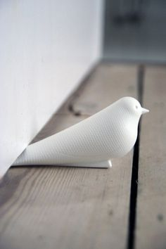 white-bird-door-stop-5804-p.jpg 400×600 pixels