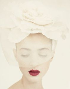 Sara Lindholm #photography #light #portrait