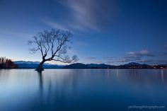 Beautiful Lake Landscapes by Yan Zhang #nature #photography #landscape