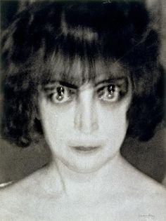 All sizes | Countess Casati, by Man Ray, c. 1928 | Flickr - Photo Sharing! #ray #man #casati #countess