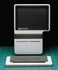 Apple's lost future: phone, tablet, and laptop prototypes of the '80s