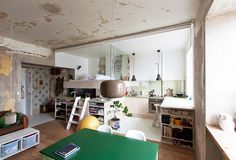 HB6B - One Home: Light and Inexpensive Apartment Renovation
