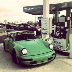 Sara Lindholm - loxleelovesengines: Valero #valero #porsche #car