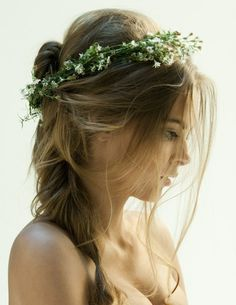 natural beauty #sexy #crown #woman #wreath #nature #leaves #beauty