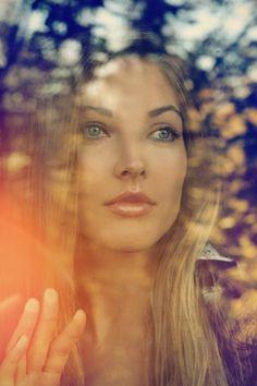 Photograph Untitled by Lena Dunaeva on 500px #model #woman #glass #photography #window #light