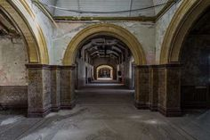 Simon Yeung Captures Britain's Stunning Abandoned Buildings