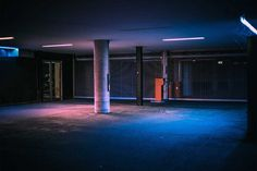 After hours in Hamburg: Vibrant Urban Photography by Mark Broyer