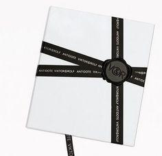 QBN - POTD Fashion Packaging #packaging #victorrolf
